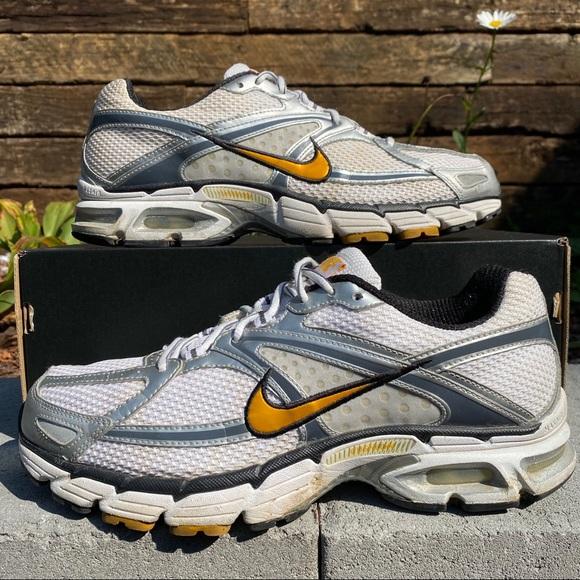 Terminología partícipe Parcialmente  Nike Shoes | Nike Air Max Moto 6 Size 1 | Poshmark